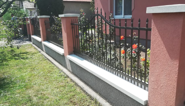 kovácsoltvas kerítés